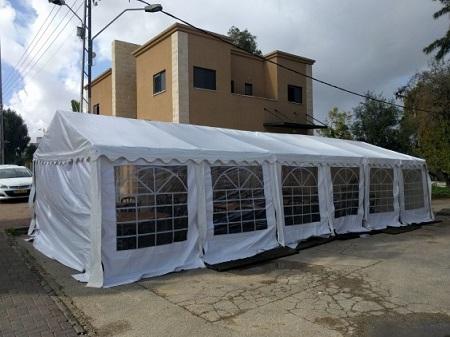 אוהל אבלים בחניה