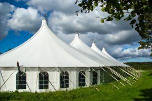 השכרת אוהל ענק